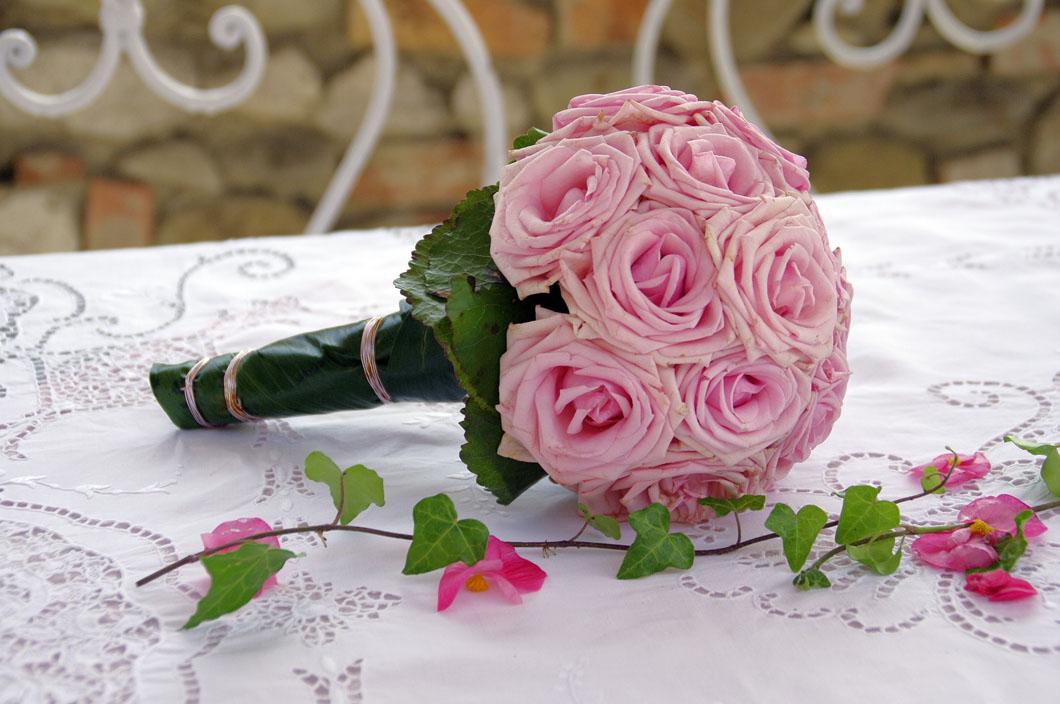 bridal-bouquet-781688_1920