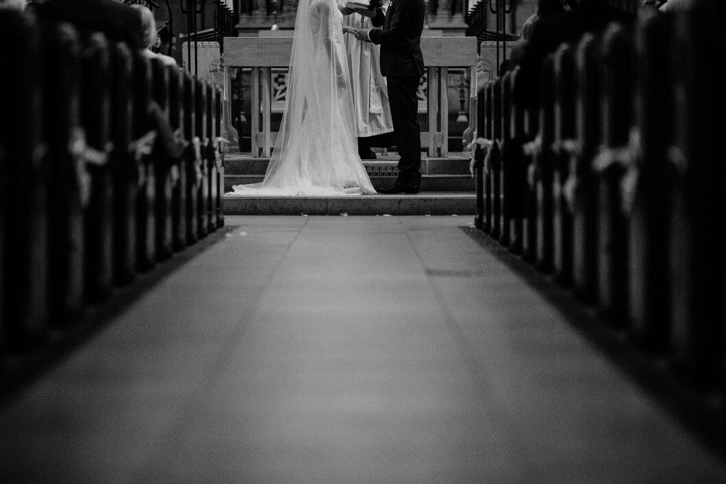 vigsel i kyrkan