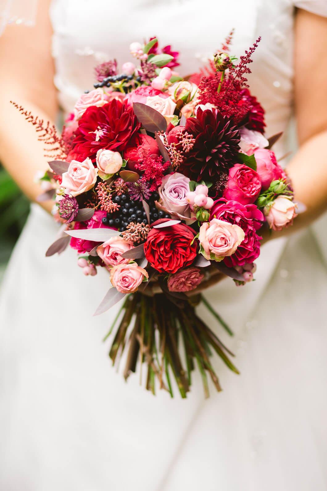färgfull bröllopsbukett