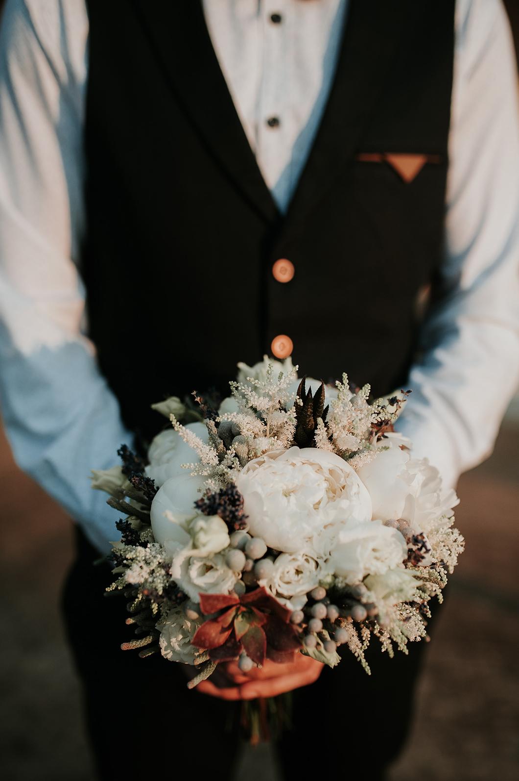 Bröllopsfotograf på Bergendal i Sollentuna